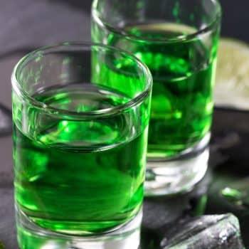 Absinthe Boréale 03 glass drink 900x1200 - Maison Crivelli