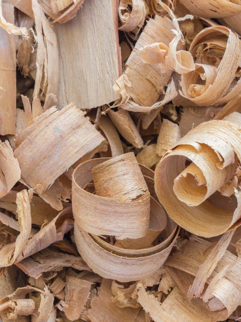 Bois Datchai 07 copeaux de bois cèdre 900x1200 - Maison Crivelli