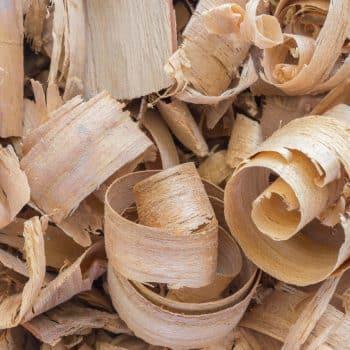 Bois Datchai 07 wood chop cedar 900x1200 - Maison Crivelli