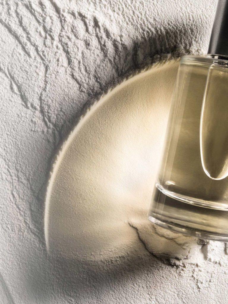 experience perfume bottle shadow brand identity - Maison Crivelli