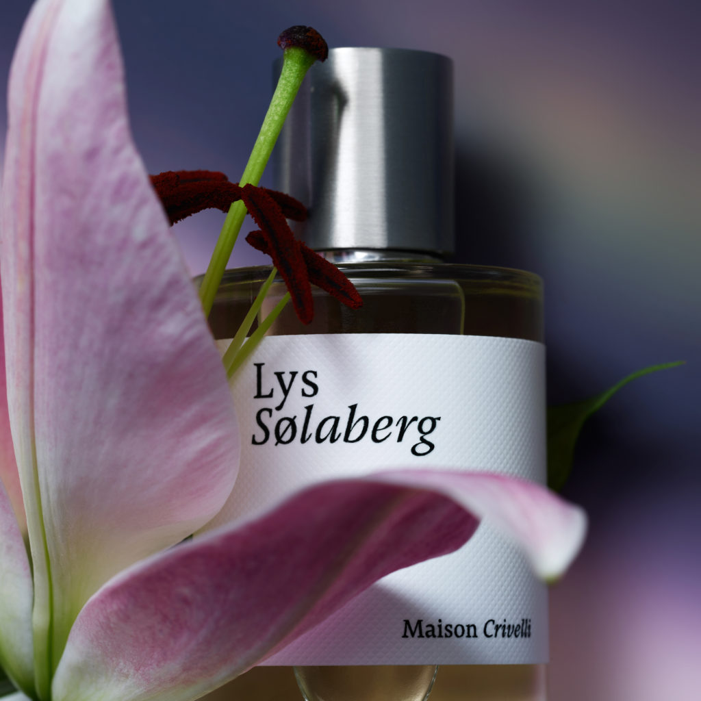 Maison Crivelli - lys Solaberg - close up